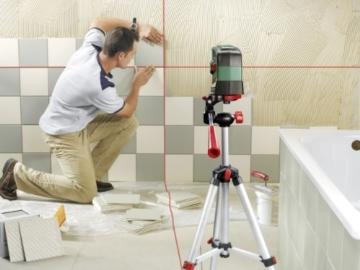 Bosch DIY Kreuzlinien-Laser PCL 20 Set, Batterien, Stativ 1,5 m, Universalhalterung, Schutztasche (Arbeitsbereich 10 m, +/- 0,5 mm/m Messgenauigkeit) -